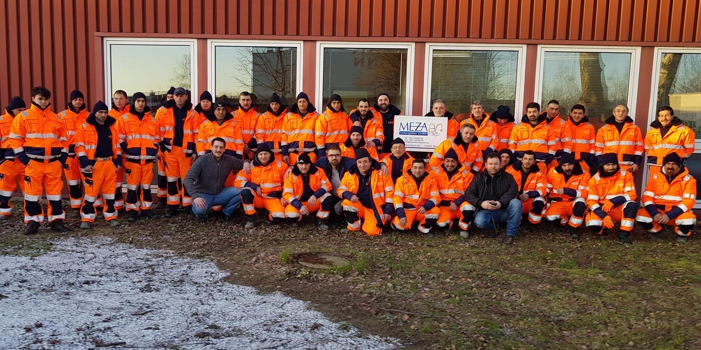Das Team der MEZA Leitungsbau GmbH